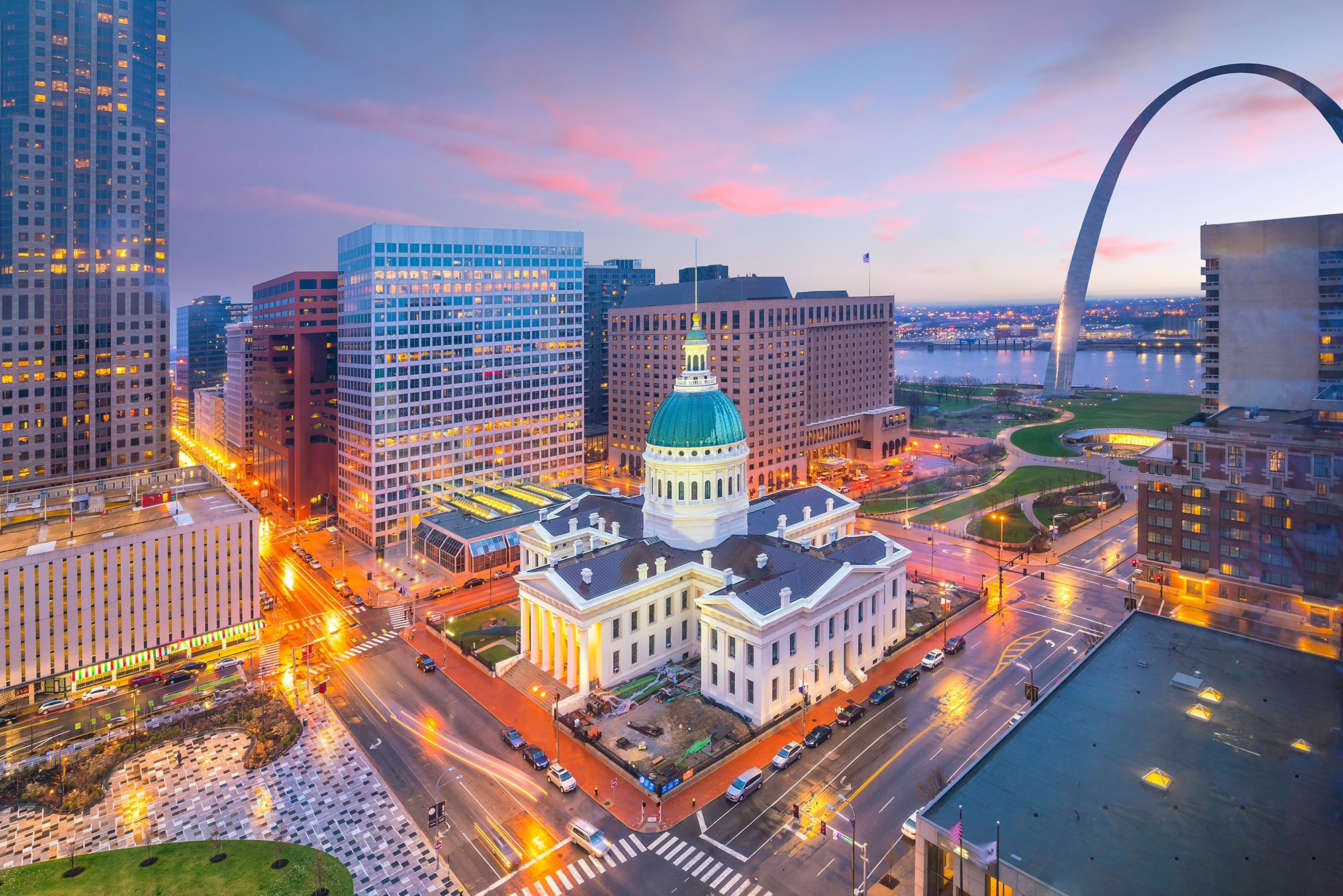 St. Louis downtown skyline at twilight